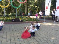"""танец """"Кнопочки"""" выступление на День Красной поляны"""