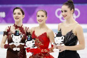 Наши олимпийские чемпионки:  Евгения Медведева (серебро), Алина Загитова (золото)